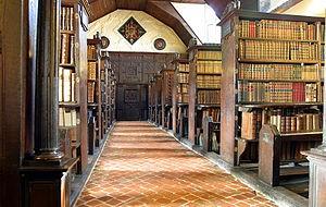 300px-Merton_College_library_hall.jpg