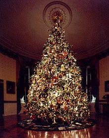 Blue_Room_Christmas_tree